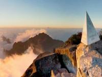 Superare l'avventura alla cima di Fansipan