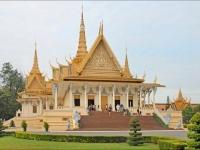 Giorno 8: Chaudoc - Phnom Penh (colazione, pranzo)