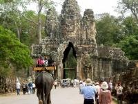 Giorno 9 : Battambang - Siemreap (colazione, pranzo)