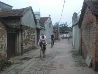 Giorno 3: Hanoi – Duong Lam (Colazione, Pranzo)