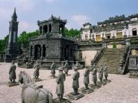 Giorno 5: Visita a Hue- trasferimento per Hoian (Colazione)