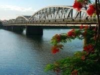 Giorno 4 : Halong - Hanoi - Hue (Brunch, cena)