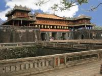 Giorno 13: Tombe degli imperatori in Hue e Ponte di Thanh Toan (colazione, pranzo)